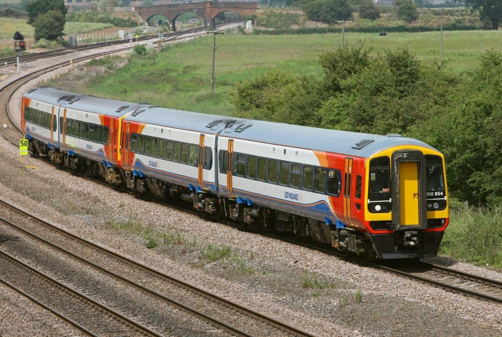 Three firms to bid for control of East Midlands train franchise