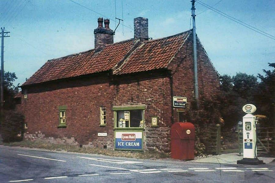 Over 100 photos to be added to Woodborough Heritage picture collection