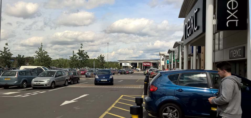 Arrests made as police crackdown on crime at retail park in Netherfield continues