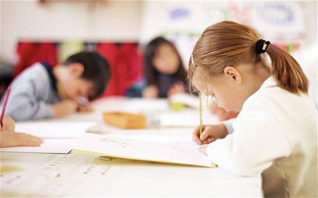 https://www.gedlingeye.co.uk/wp-content/uploads/2016/04/child-classroom_2809240b.jpg