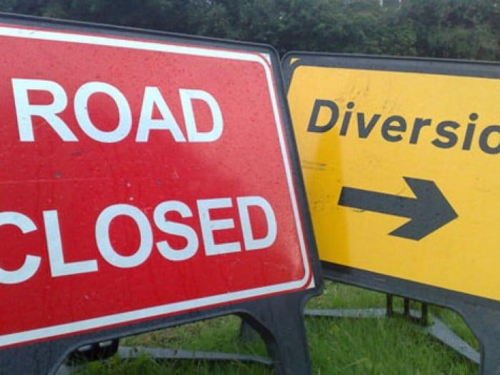 https://www.gedlingeye.co.uk/wp-content/uploads/2016/11/road-closed-sign-M150379.jpg
