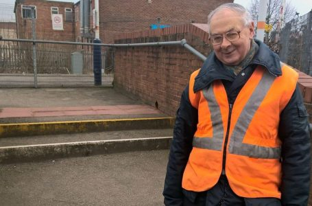 Tony Cave: It's un-fare to fine passengers travelling from Carlton who can't get ticket