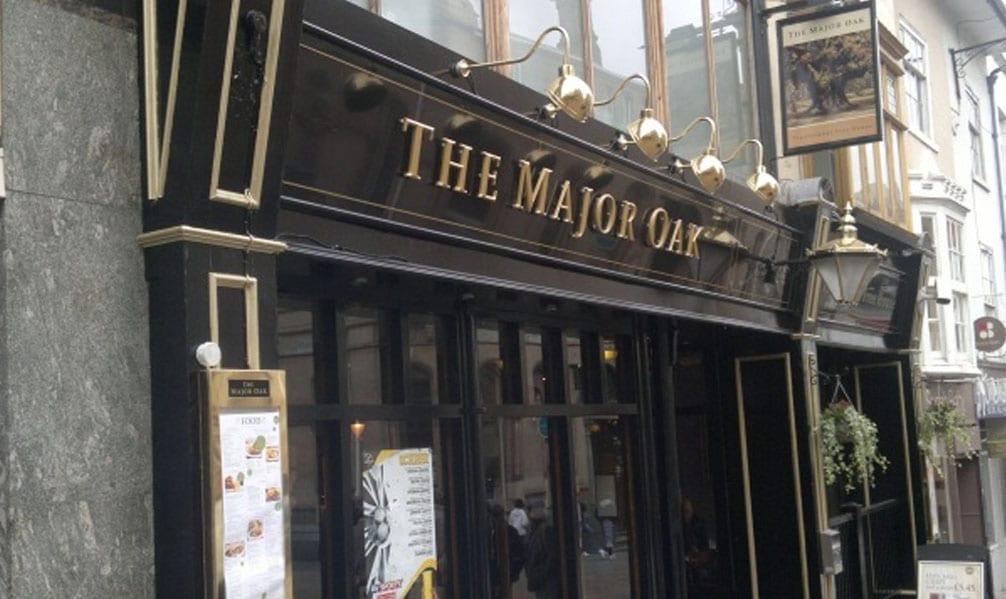 https://www.gedlingeye.co.uk/wp-content/uploads/2017/06/MajorOak-pub.jpg