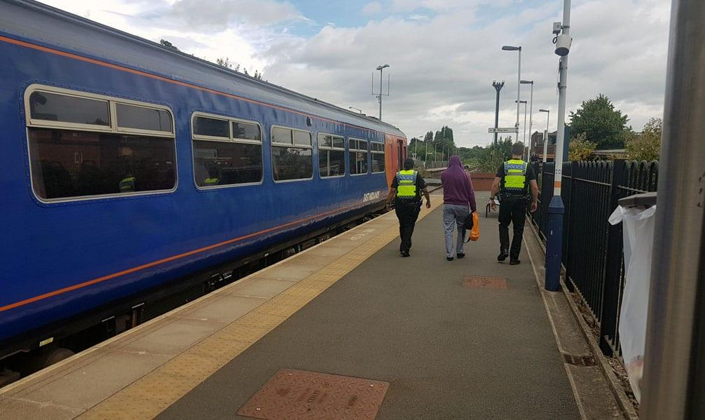Passenger removed by police from train at Carlton Station