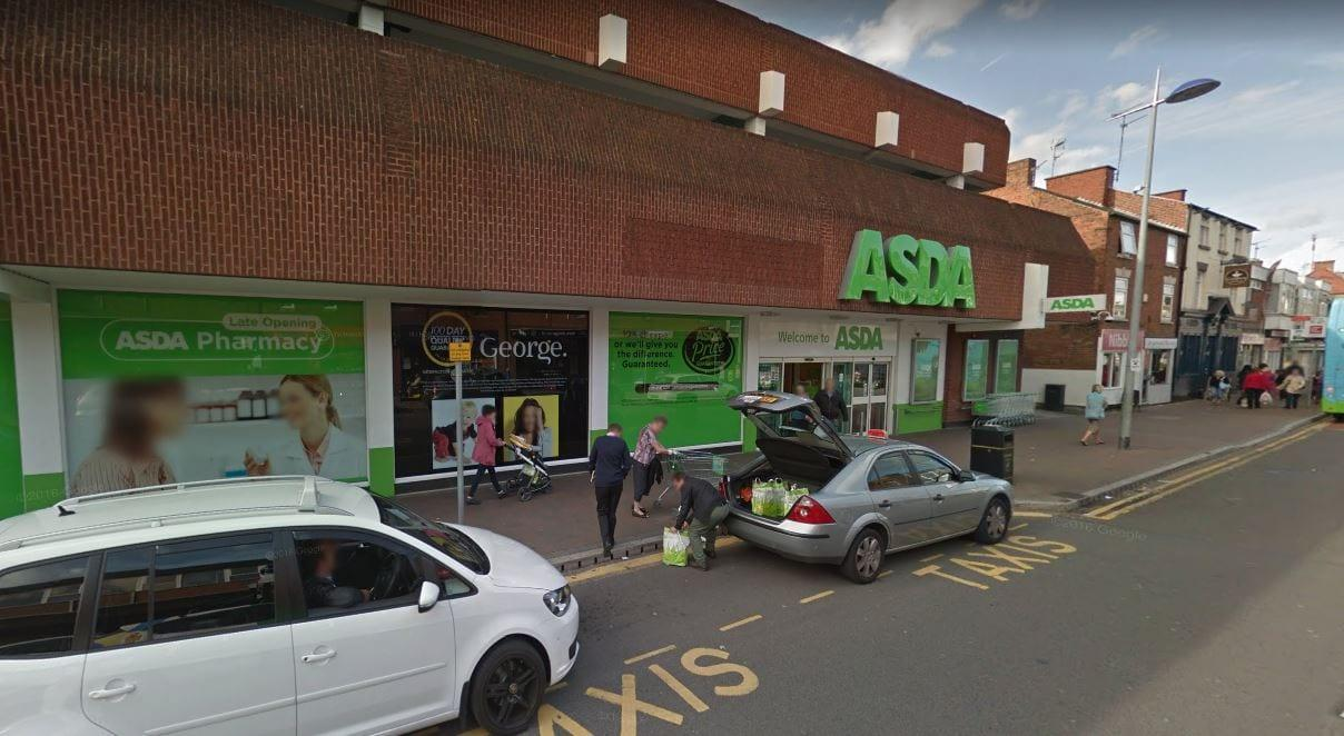 Asda says sorry after telling man with dementia 'to leave' Arnold store for not wearing mask