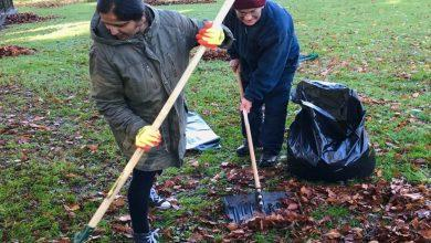 Photo of Volunteers join forces to clean up Arnold park