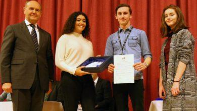 Photo of Carlton le Willows Academy awarded top honour for 'outstanding contribution' to community