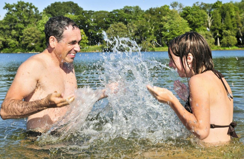 Photo of Bathing waters 'excellent' at Colwick Country Park