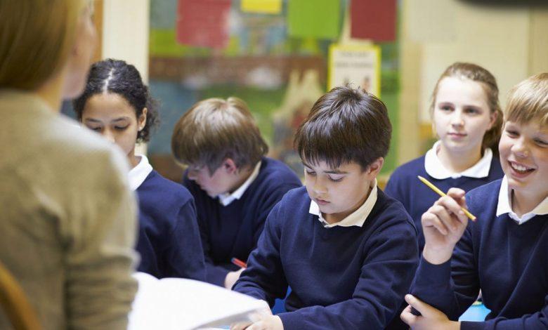 Secondary_school_pupils