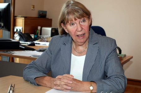 PICTURED: Cllr Kay Cutts