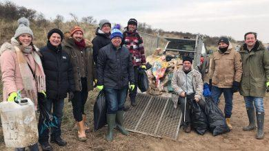 Photo of Staff from Colwick packaging firm out in force to rid coastline of plastic pollution