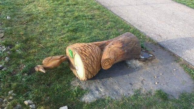 https://www.gedlingeye.co.uk/wp-content/uploads/2019/02/Damaged-sculpture-Gedling-Country-Park-640x360.jpg