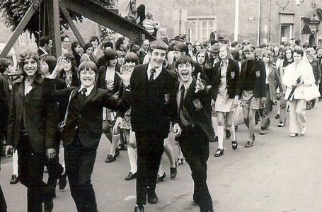 PICTURED: Pupils from Calrlton le Willows in 1972