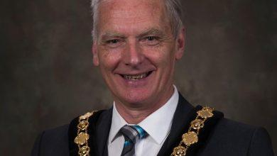Photo of Papplewick and Linby Cricket Club stalwart goes into bat as new Nottingham County Council chairman