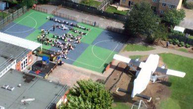 Photo of Air ambulance makes surprise landing at primary school in Colwick