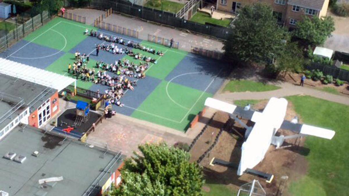Air ambulance makes surprise landing at primary school in Colwick