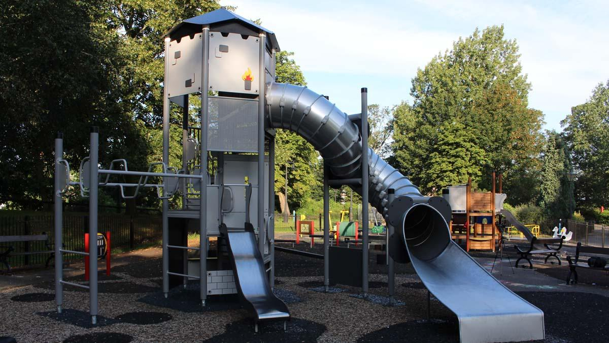 Arnot Hill Park play area reopens: Council replaces equipment destroyed in arson attack