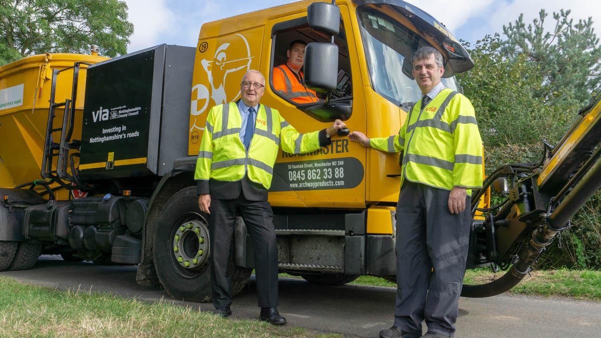 Will new Roadmaster machine help solve Gedling borough's pothole problem?