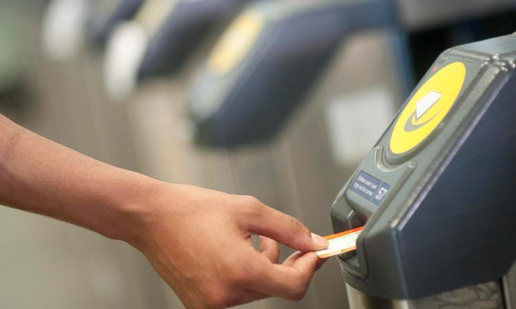 East Midlands Railway encourage commuters in Gedling borough to switch to Smart Card