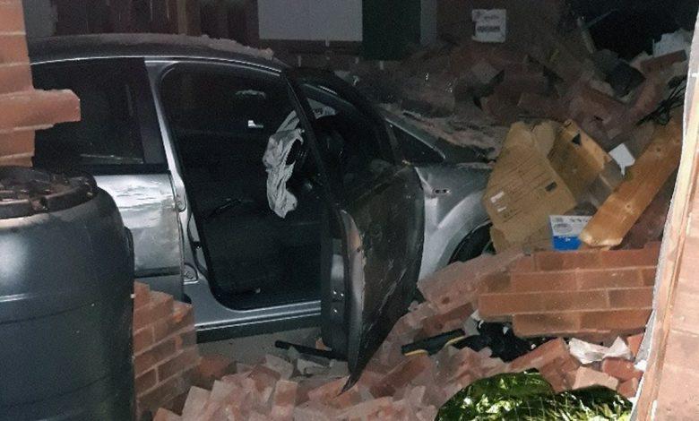car crash arnold