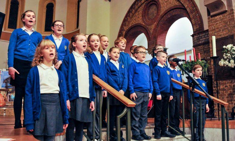 Burntstump school choir at concert