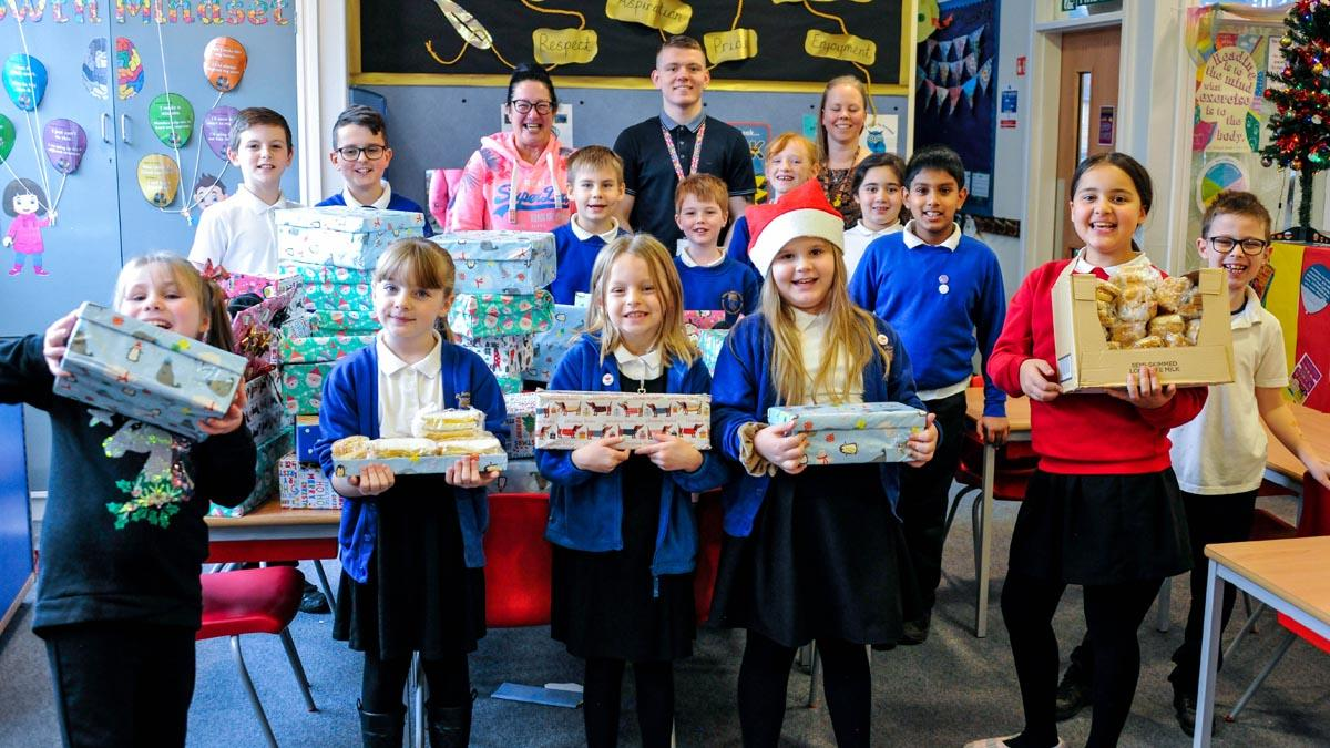 Arnold primary school pupils hold collection to help the homeless