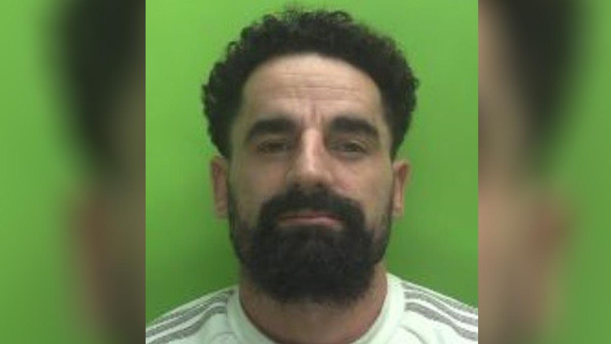 Carlton man jailed for breaching deportation order and possession of offensive weapon