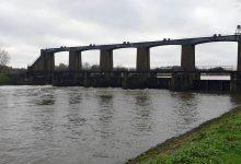 Photo of No plans to give public access to bridge at Colwick sluice gates despite calls from residents