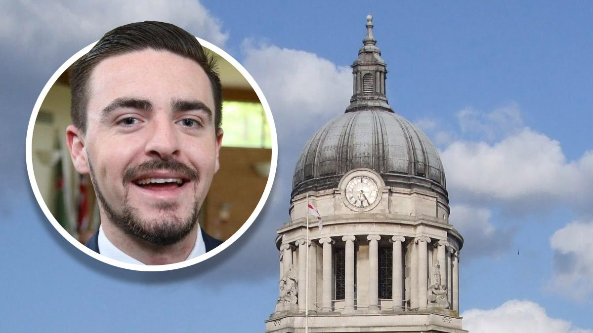 Gedling councillor Sam Smith calls for Nottingham Council House bell to ring at 11pm on January 31 as UK leaves EU