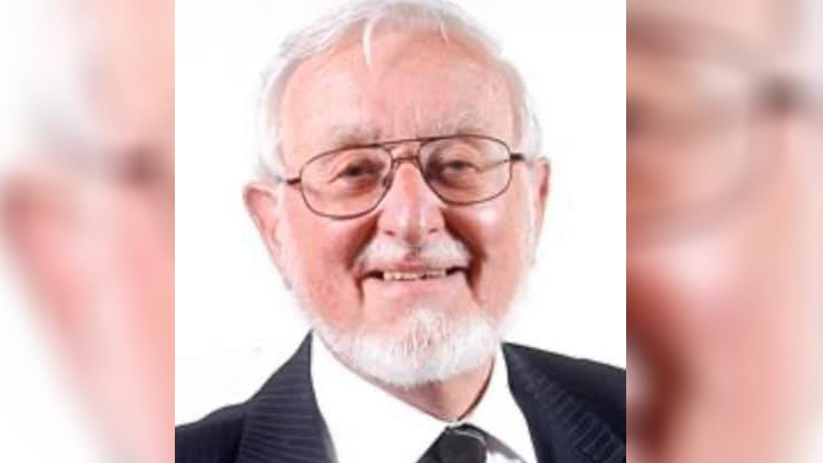 Tributes paid to former mayor: 'He was Mr Gedling Village'