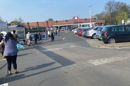 PICTURED: Queues outside Tesco supermarket in Carlton (PICTURE: Gedling Eye)