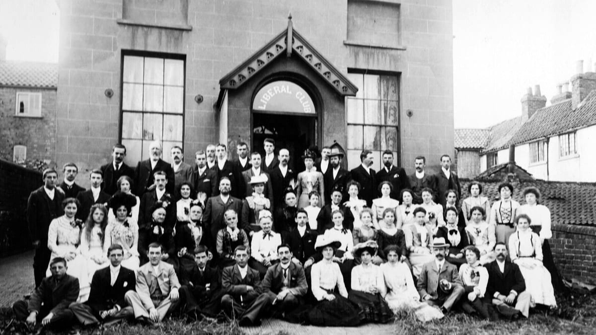 Meet The Godfreys: John's old diaries reveal how Liberal Club was formed, park recreation land was bought and also record reaction to Titanic sinking