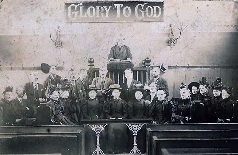 Godfrey church Carlton