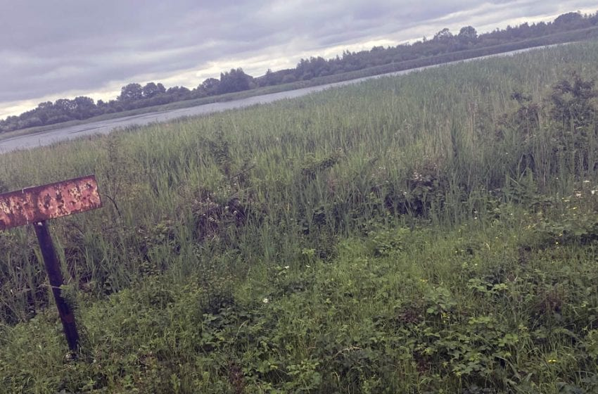 Police warning about swimming in Netherfield Lagoons during heatwave