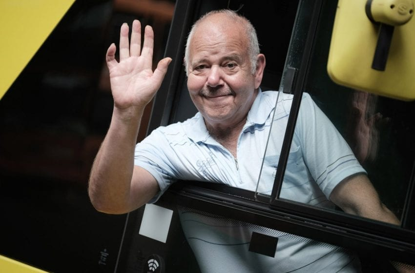 Popular Mapperley bus driver steers into retirement