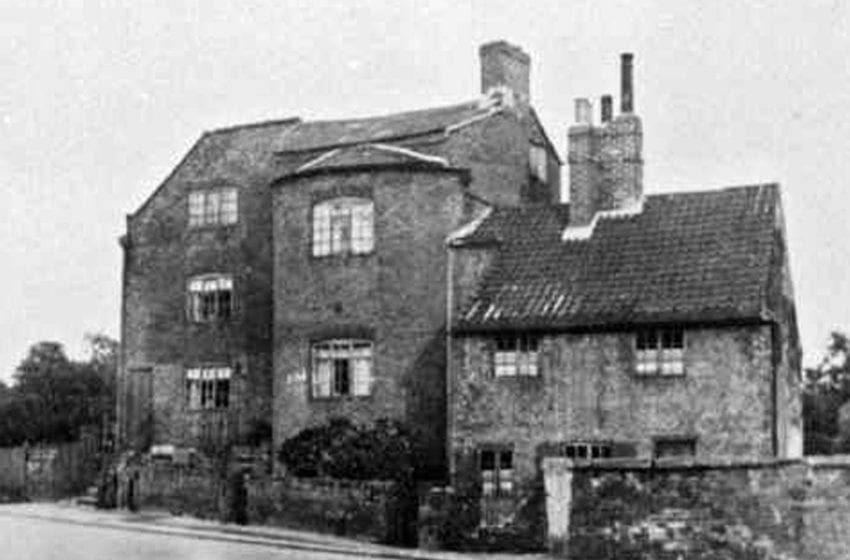 The story of Arnold's long-gone Pinfold which housed roaming animals that had been rounded up and would only be handed back for large fees