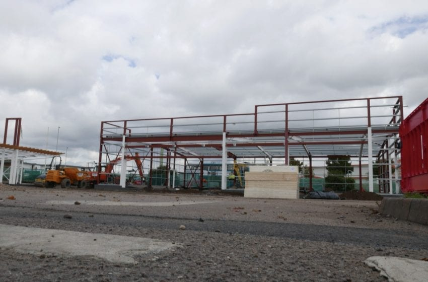 Work continues on Starbucks and Nando's being built at Victoria Retail Park in Netherfield