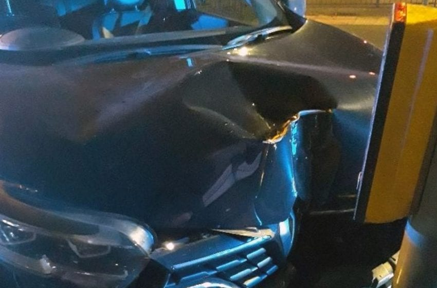 Car stolen from Arnold was driven at over 100 mph before crashing into pedestrian crossing post in Woodthorpe