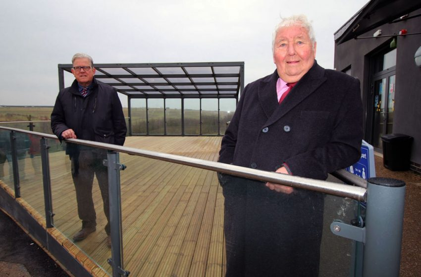 Work completed on new £100k outdoor seating area at Gedling Country Park