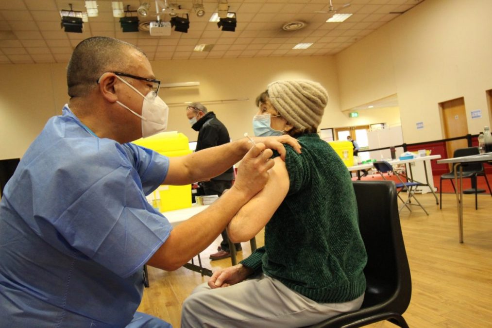 Photos emerge of England's Deputy Chief Medical Officer Jonathan Van Tam giving vaccinations at Richard Herrod Centre in Carlton