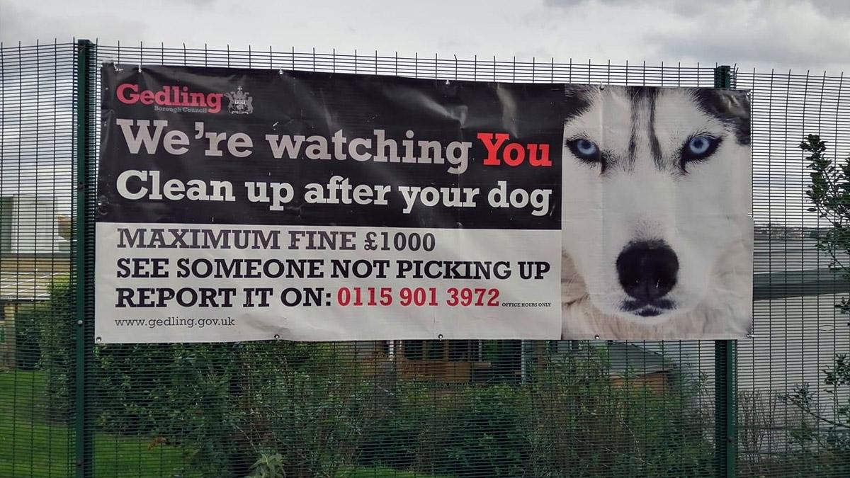 Dog mess warning banner