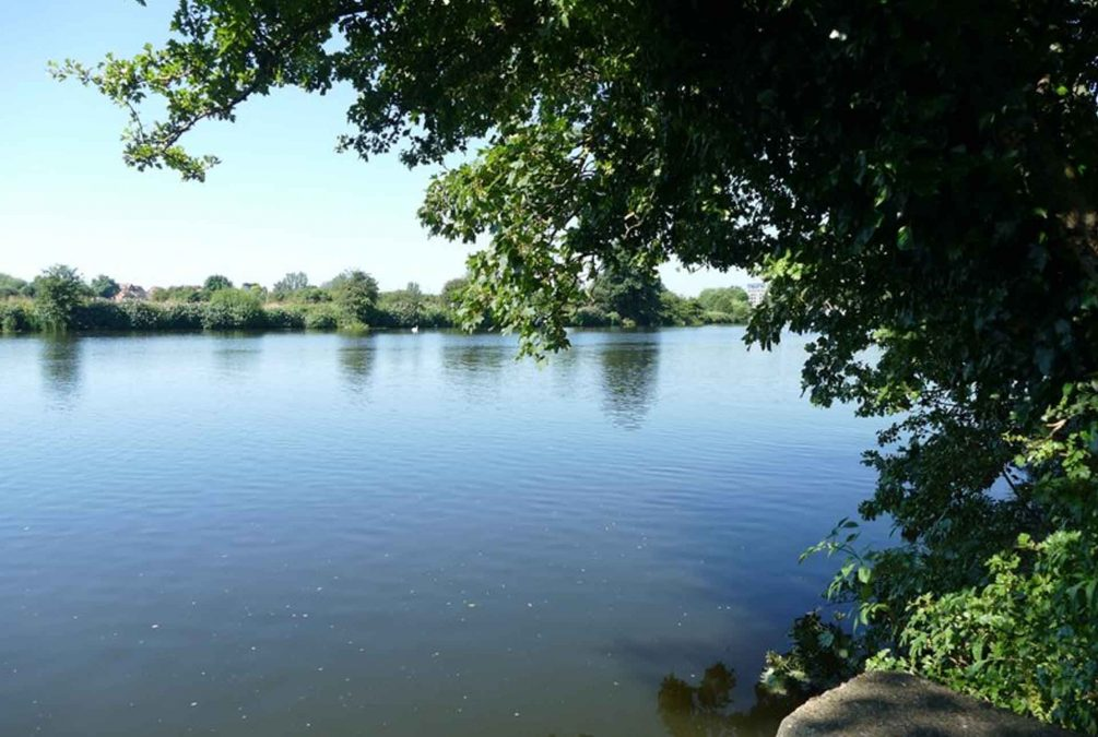 Colwick Country Park Lake