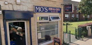 Mo's Chip shop Netherfield